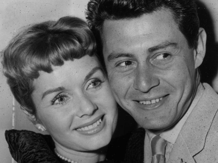 Debbie Reynolds with first husband Eddie Fisher in 1957
