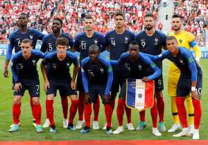 Soccer Football - World Cup - Group C - France vs Peru - Ekaterinburg Arena, Yekaterinburg, Russia - June 21, 2018   France players pose for a team group photo before the match             REUTERS/Darren Staples