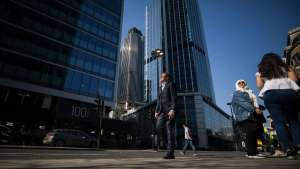 Skyscrapers Tower 42, centre, and 100 bishopsgate, left, stand in the City of London, U.K., on Friday, April 20, 2018. Foreign investors are less worried about the impact of Britain's exit from the European Union than they were a year ago, Association of Foreign Investors in Real Estate Chairman Edward M. Casal said in a statement, referring to London's jump from third to first place in an annual survey of real estate investors.: City Of London As Foreign Investors' Appetite For Commercial Property Retains Its Allure