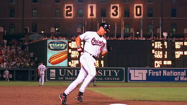 Cal Ripken, Jr. Breaks Lou Gehrig's Consecutive Games Record