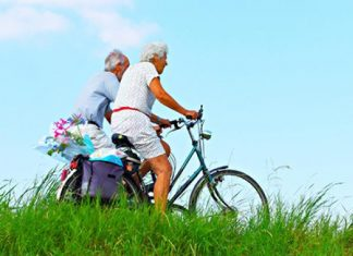 Study: Moderate exercise in middle and older age cuts time spent in hospital