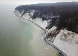 Study: Failures of Germany's largest cliff coast sensed by seismometers