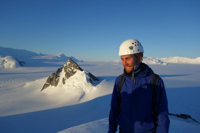 Study: Evidence of Antarctic glacier's tipping point confirmed for first time